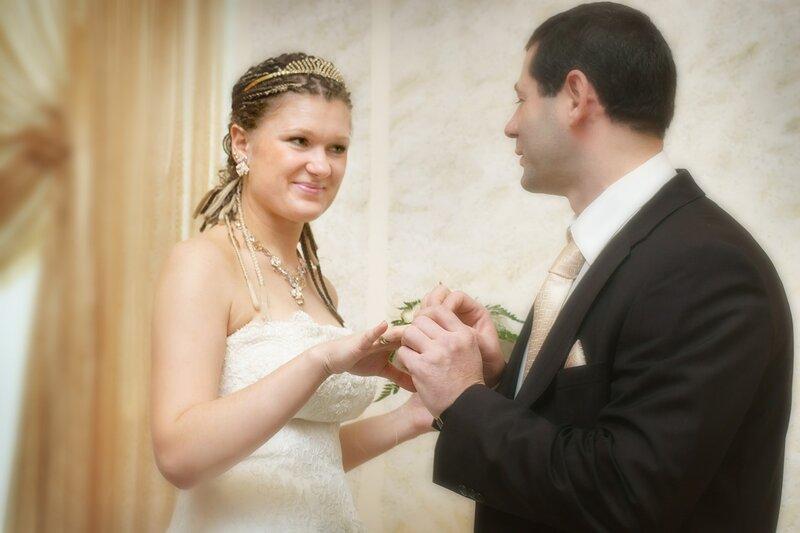 требуется фотограф на свадбу?