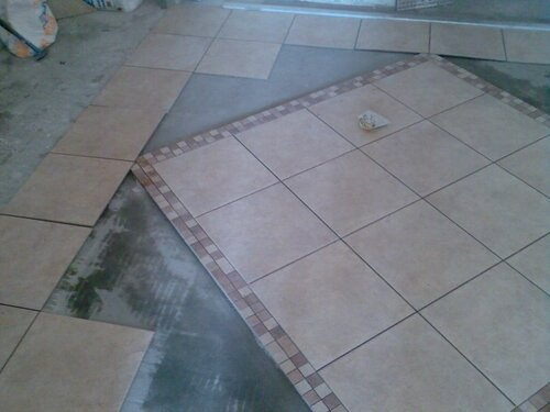 Монтаж кафельной плитки
