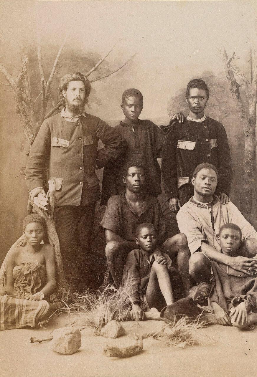 Алешандри Алберту да Роша ди Серпа Пинту с оставшимися в живых членами его экспедиции и Луанды в Наталь
