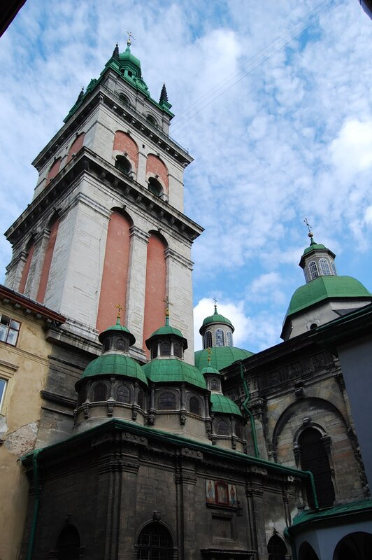 Часовня Трёх святителей Успенской церкви