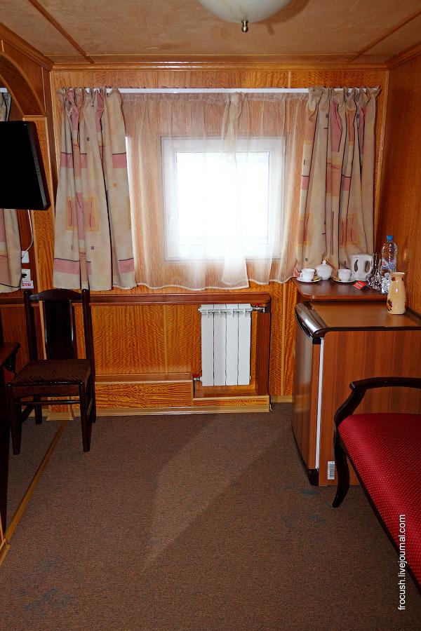 Двухместная каюта повышенной комфортности «Люкс Б» на шлюпочной палубе теплохода «Карл Маркс»