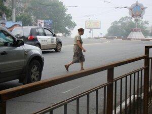 Пешеходный переход на проспекте Красного Знамени во Владивостоке полностью ликвидирован
