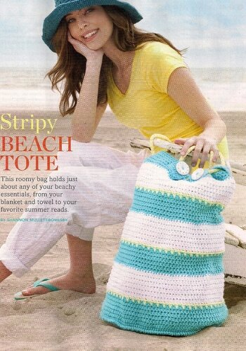 Много вязания крючком.  Классная пляжная сумочка крючком.