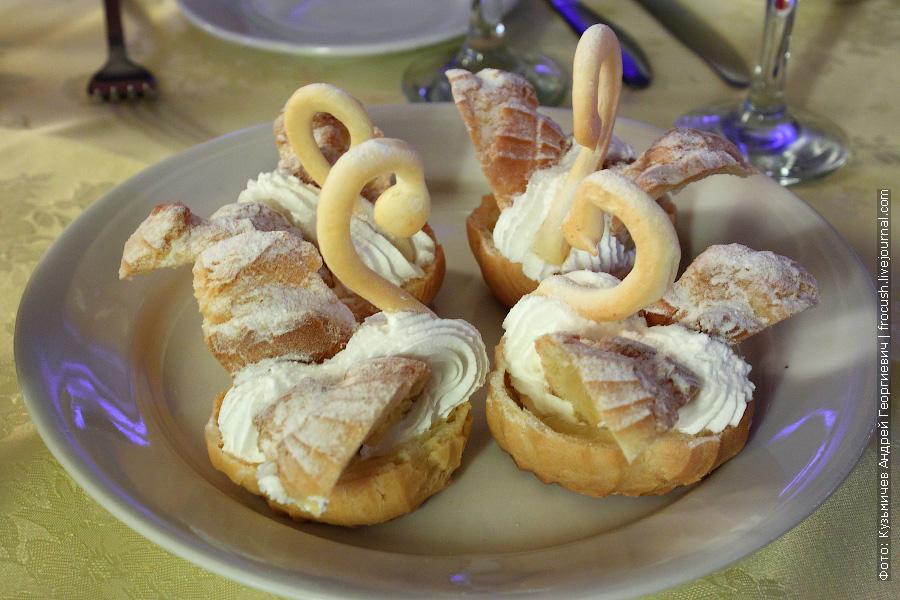 Пирожное «Лебеди»