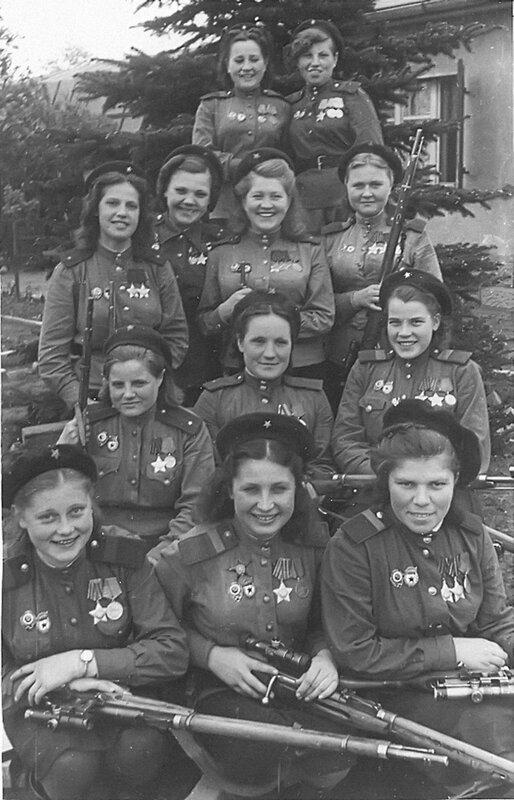 Девушки-снайперы советской 3-й ударной армии