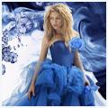 Шакира в голубом