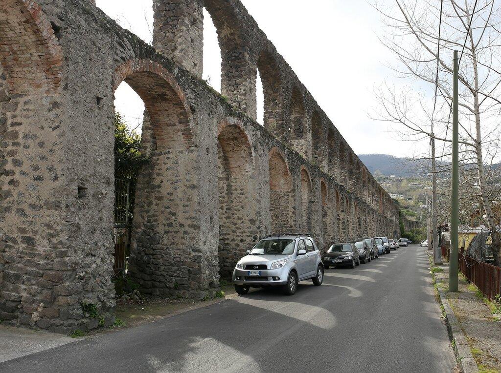 Искья. Акведук в Пиластри (Acquedotto i Pilastri)