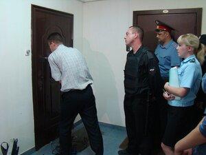 Житель Владивостока заехал в собственную квартиру, выселив из нее прежних жильцов