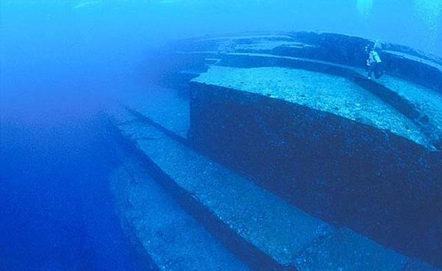 Подводные пирамиды острова Йонагуни