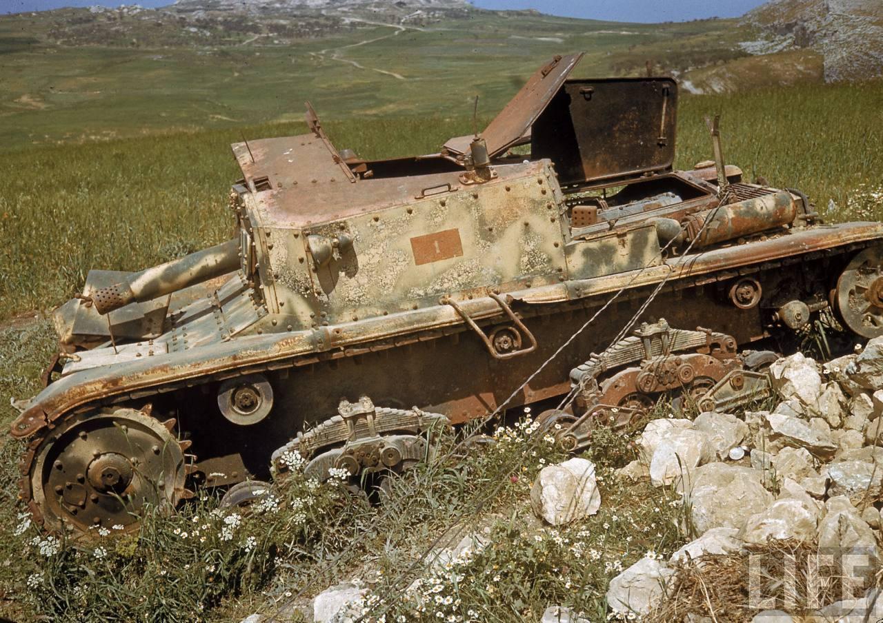 Подбитая итальянская СУ Semovente da 75/18.