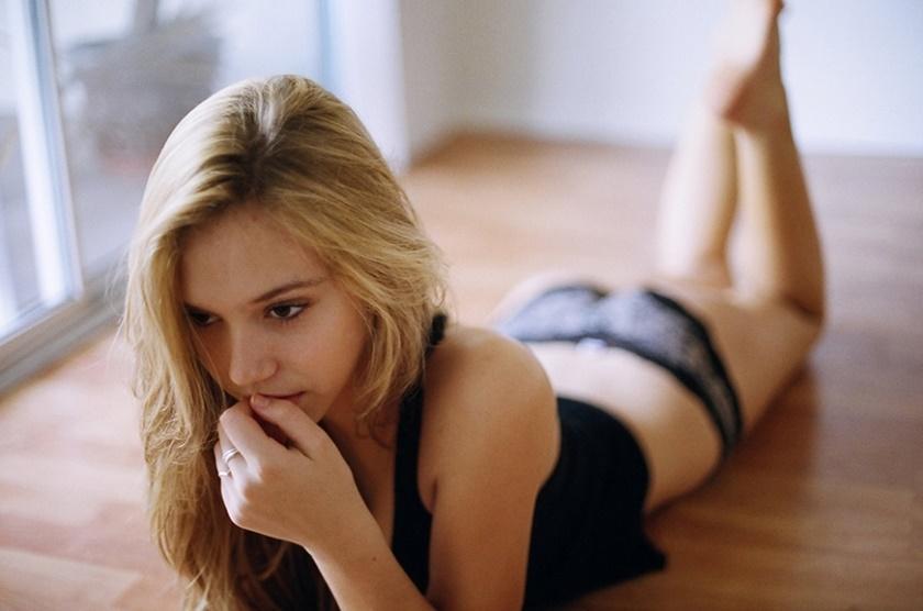 Красивые фотографии молодой модели Алексис Рен 0 14237e 9fa88d29 orig