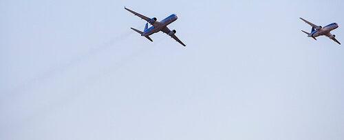 новые среднемагистральные пассажирские самолеты Сухой Суперджет (Sukhoi superjet 100) и ТУ-204СМ