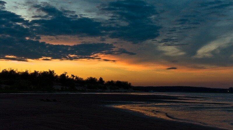 когда рассвет над островом повиснет