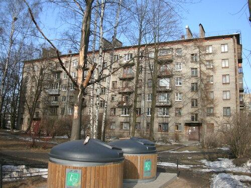 Новолитовская ул. 13
