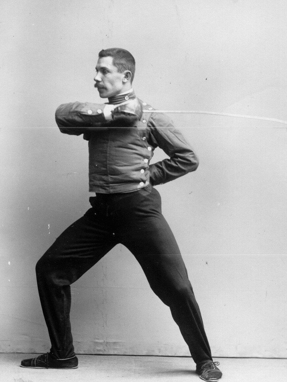 14. Удар, имеющий целью выбить шпагу из рук противника