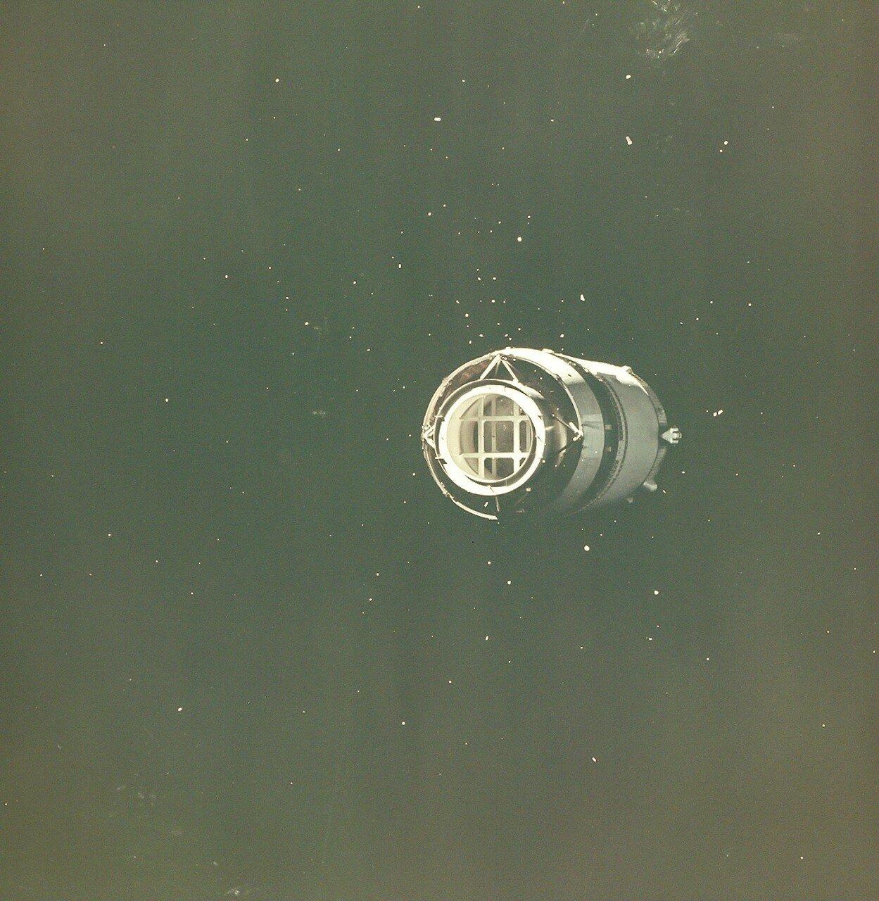1968, 21 декабря. Отделение третьей ступени «Аполлона-8»