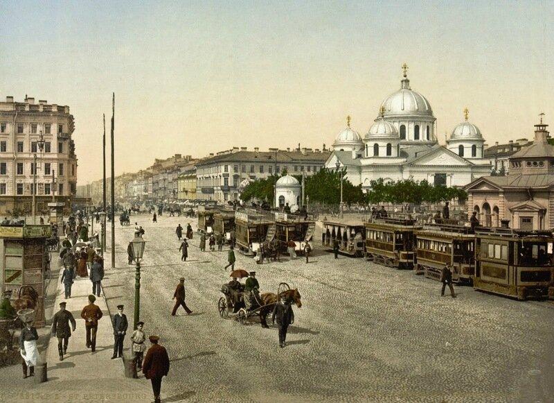 Place Znamenskii, St. Petersburg, Russia, ca. 1890-1900.jpg