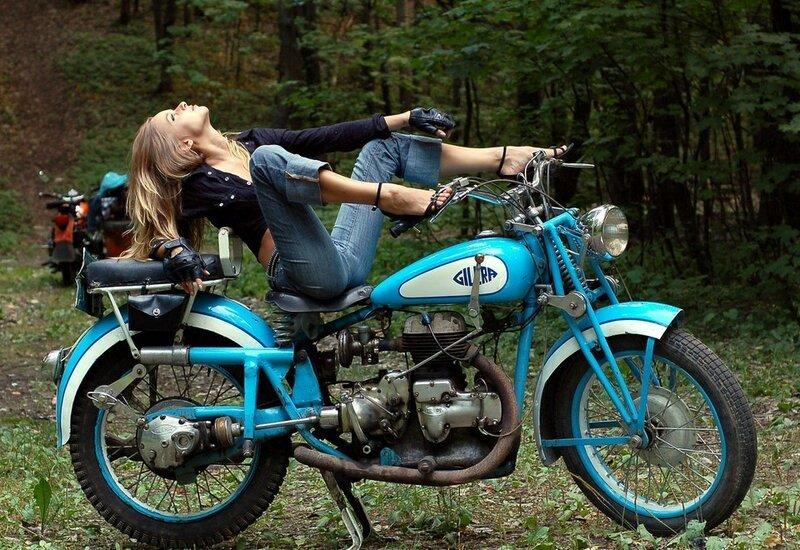 мотоциклы и девушки