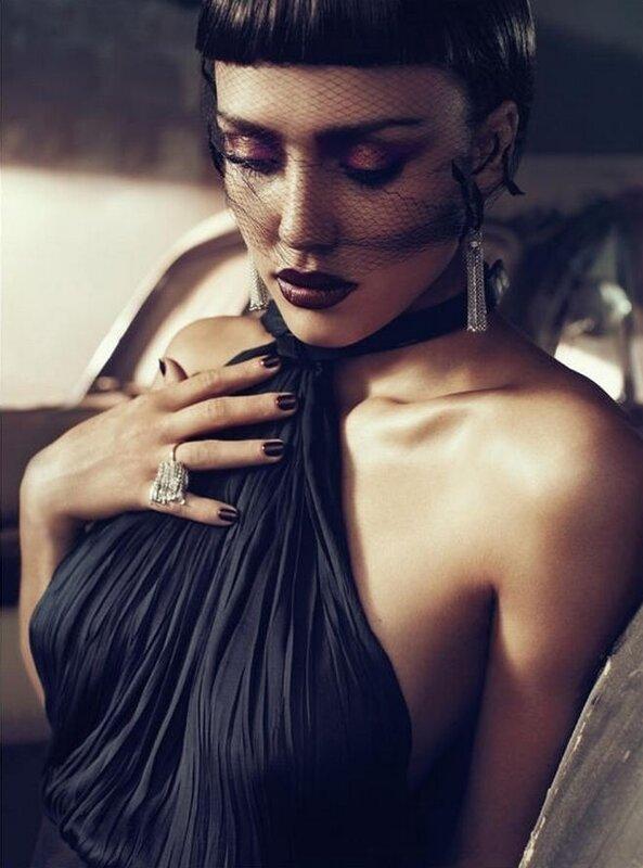 Jessica Alba – Vogue İtalya, Nisan 2011