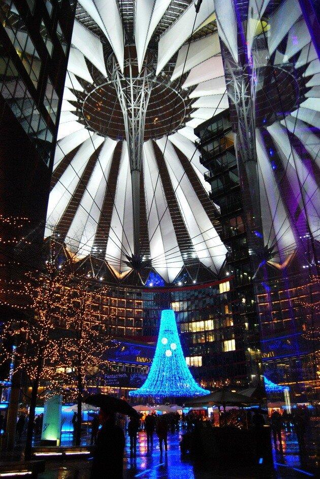 Sony Center. Берлин, Германия