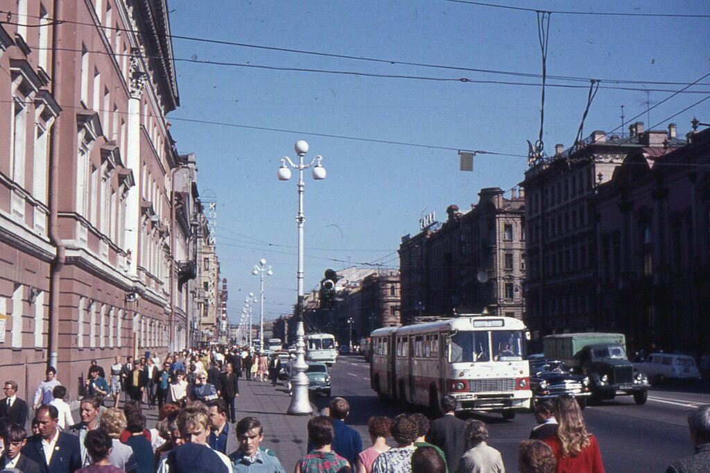 BRITISH SCHOOL TRIP TO RUSSIA IN THE 1960's2.JPG