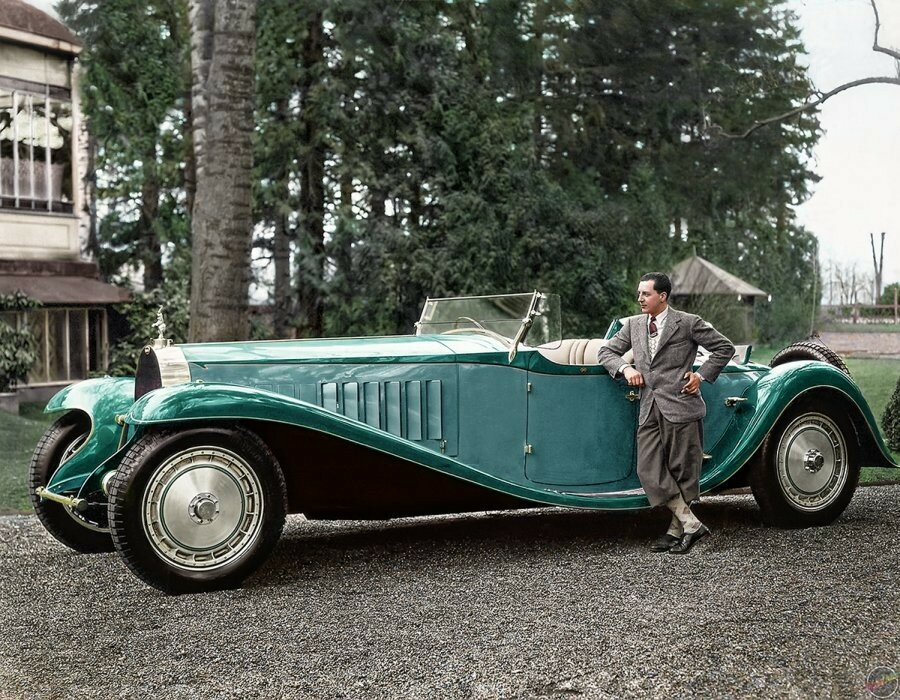 1932 Jean Bugatti with the Bugatti Royale 'Esders' Roadster.jpg