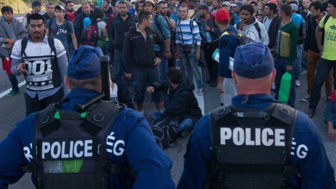 Мигранты в Берлине, изнасиловали девочку из семьи российских немцев!