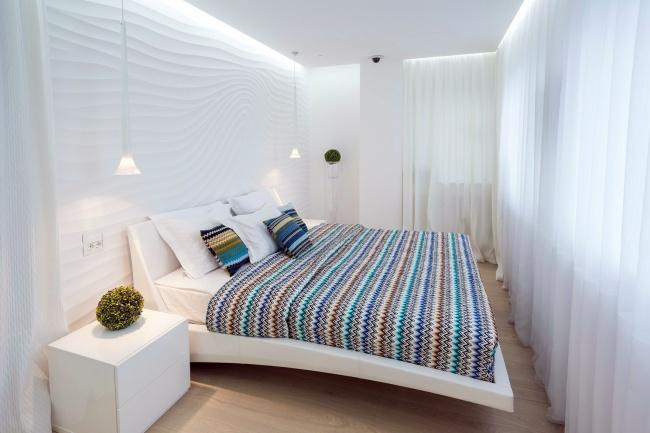 Табу №3: Многоуровневый потолок Вбольшой комнате многоуровневый потолок смотрится уместно ида