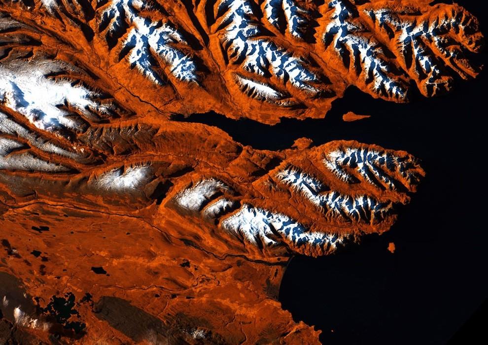 Снимки со спутника – шедевры искусства (22 фото)