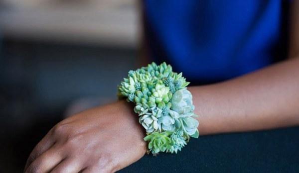 Флористика и ювелирное дело: девушка объединила свои занятия и теперь создает прекрасные украшения