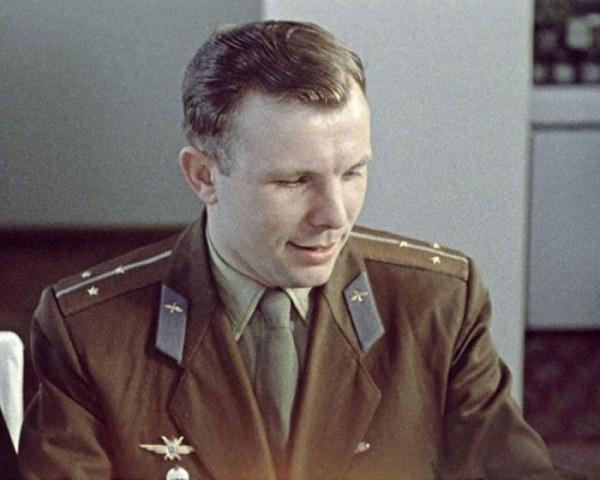 На то время советские ВВС формировали группу соискателей из 20 человек. 9 декабря 1959 г. Гагарин со