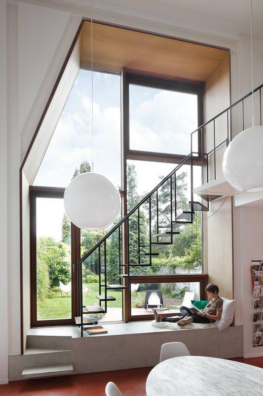 Лестница для дома на второй этаж дизайн фото 13