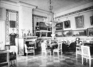 Красная гостиная в Шереметевском дворце на Фонтанке