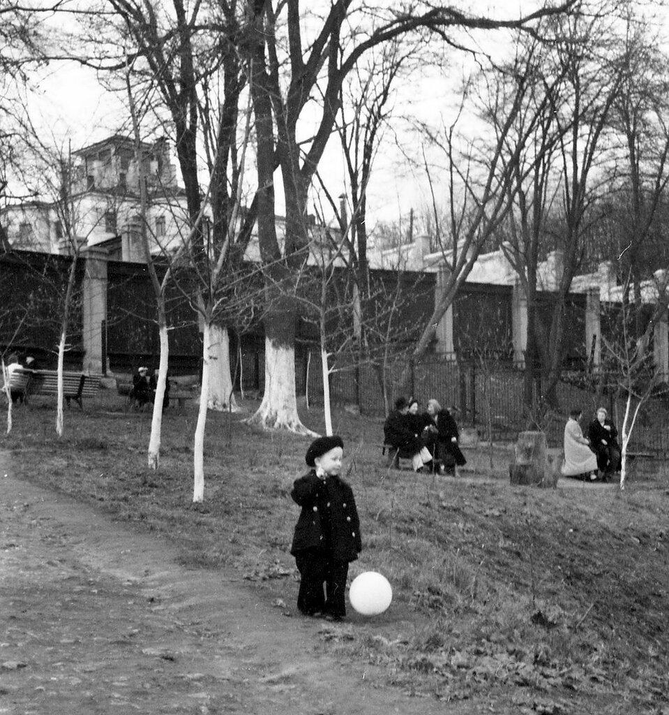 28791 Дом №10 по улице Обуха (Воронцово поле дом №10) В.Абросимов сер 55 г..jpg