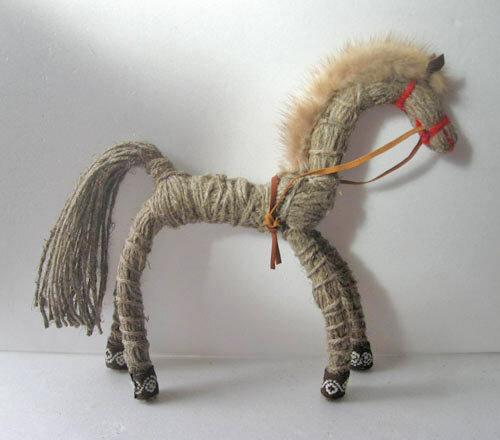 Как сделать лошадку ниток - Самодельные