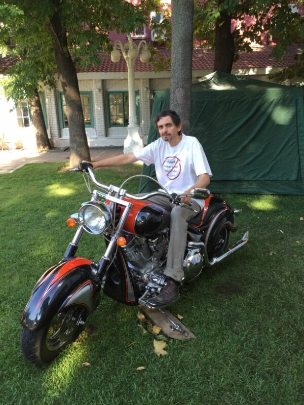 Андрей Травин и Harley-Davidson