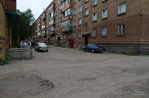 Фотография Инты №8015  Мира 39 и двор Воркутинской 16 02.07.2015_16:50