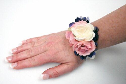 Браслеты своими руками цветы