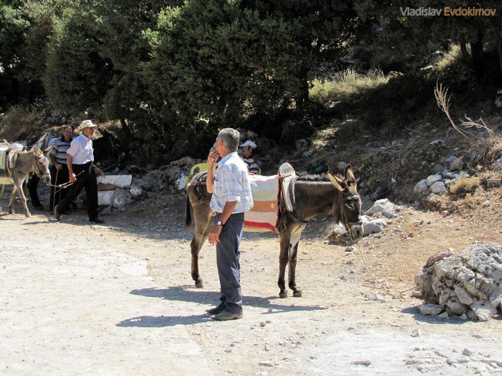 Транспорт к пещере Зевса