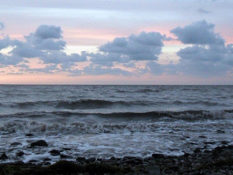 Закат, осень, берег Азовского моря