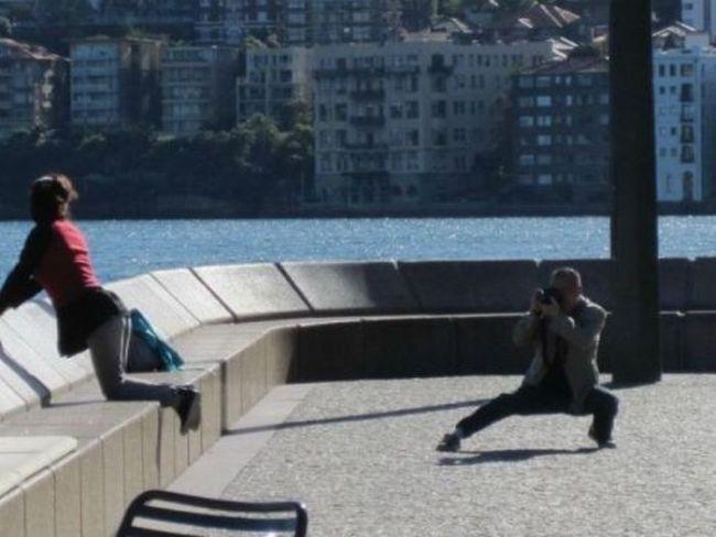 Картинки Смехота-21: мужик снимает девушку