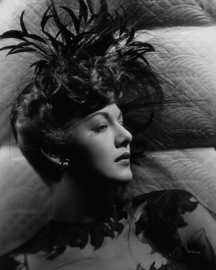 Maria Montez, 1943.jpg