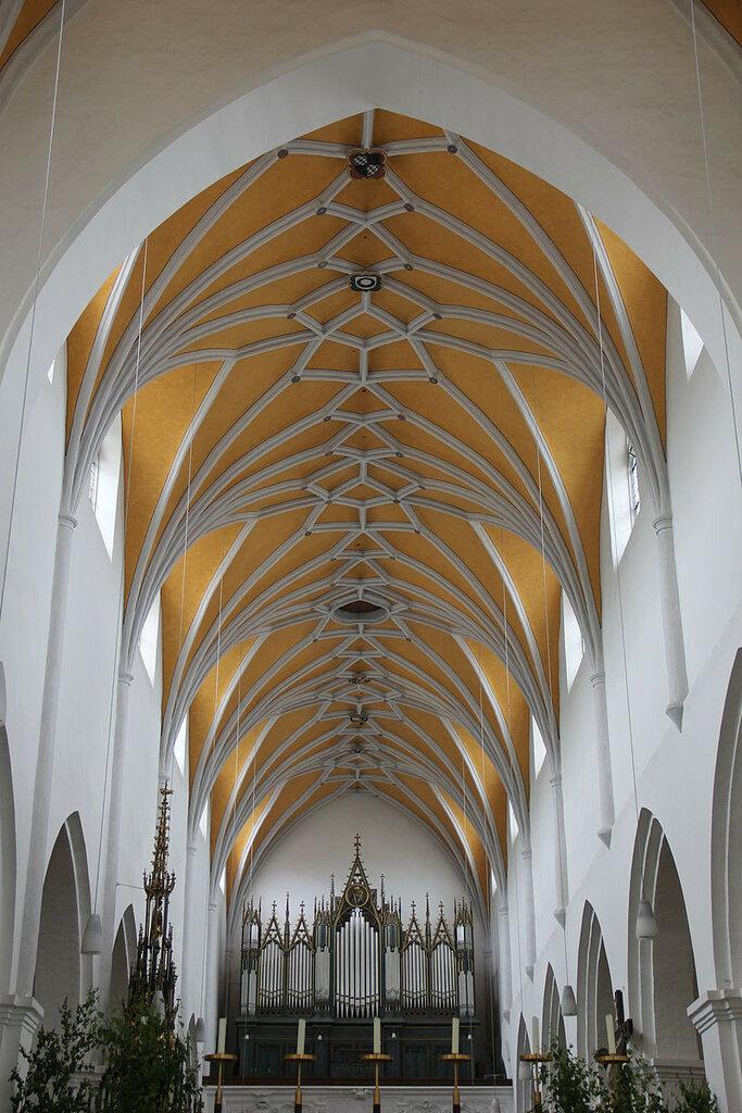 Landshut,_St_Jodok_025.JPG