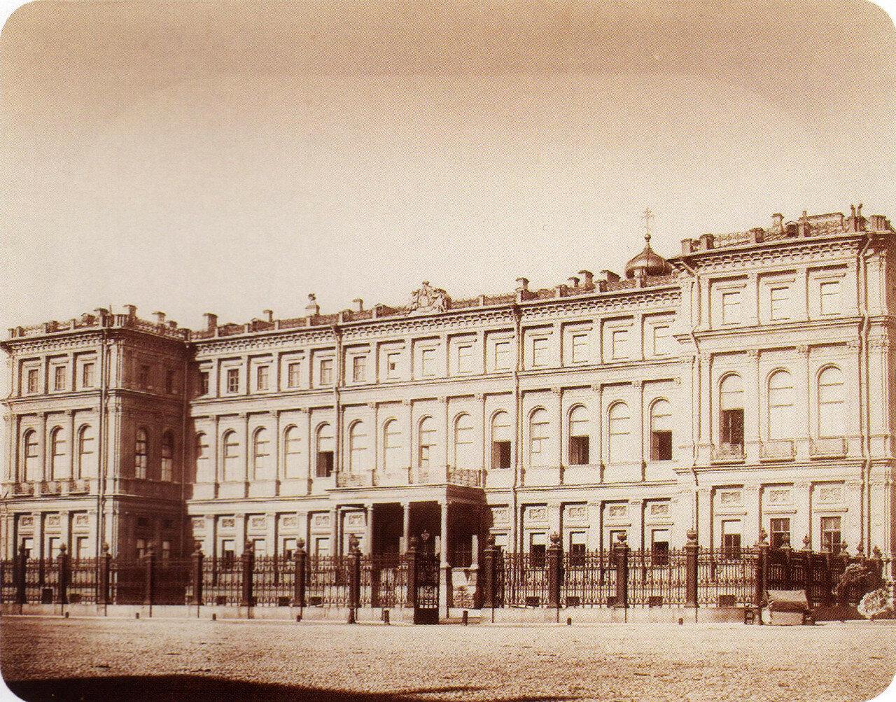 Дворец в. к. Николая Николаевича. 1850-е
