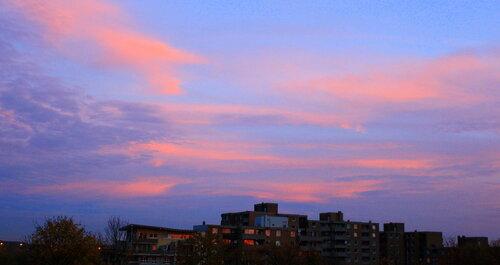 Небо в фиолетовых тонах