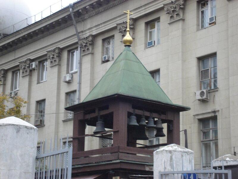 на территории Богоявленского собора