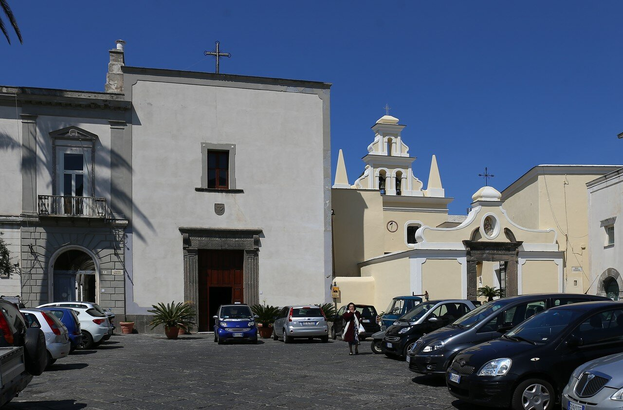 Искья, Форио. Церковь Святого Франциска (Chiesa di San Francesco d'Assisi)
