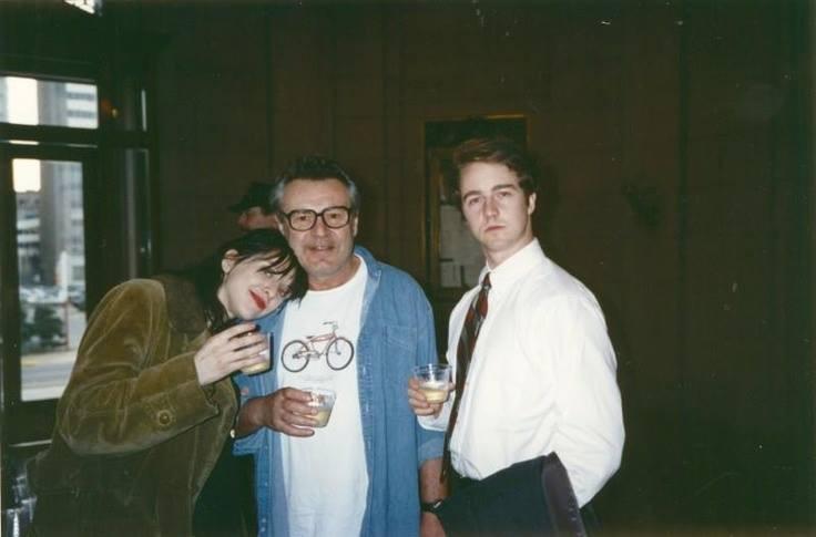 Кортни Лав, Милош Форман и Эдвард Нортон во время съемок фильма «Народ против Ларри Флинта&#187