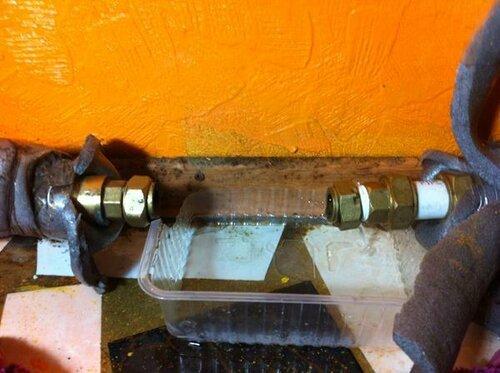 Снял старый водомерный прибор