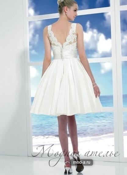 Короткое пляжное сважебное платье